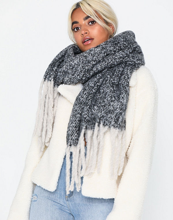 NLY Accessories Giant Fuzzy Scarf