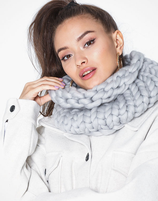 NLY Accessories Giant Tubular Knit