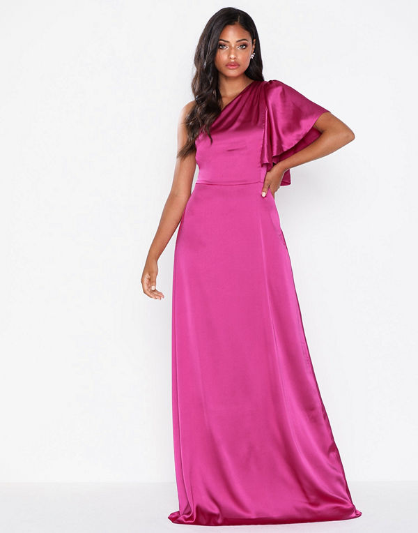 NLY Eve One Shoulder Dream Gown