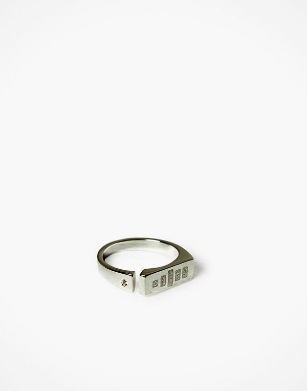 Cornelia Webb Distorted Single Ring - Square