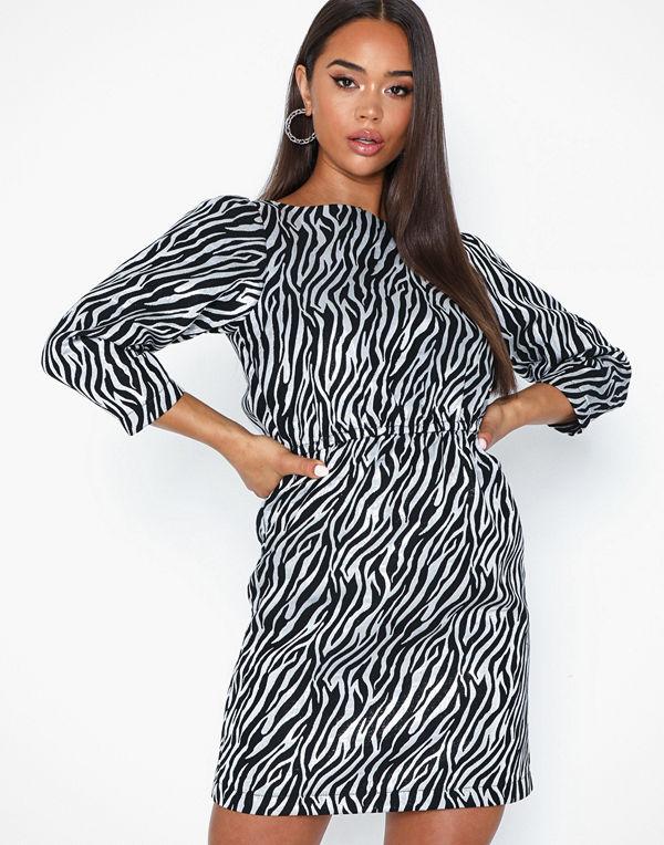 Viarna LS Short Dress