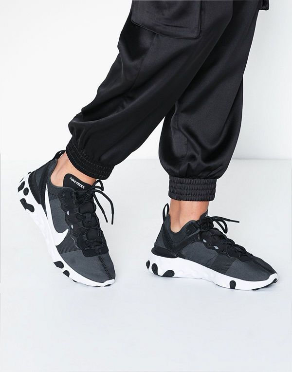 Nike NSW Nike React Element 55