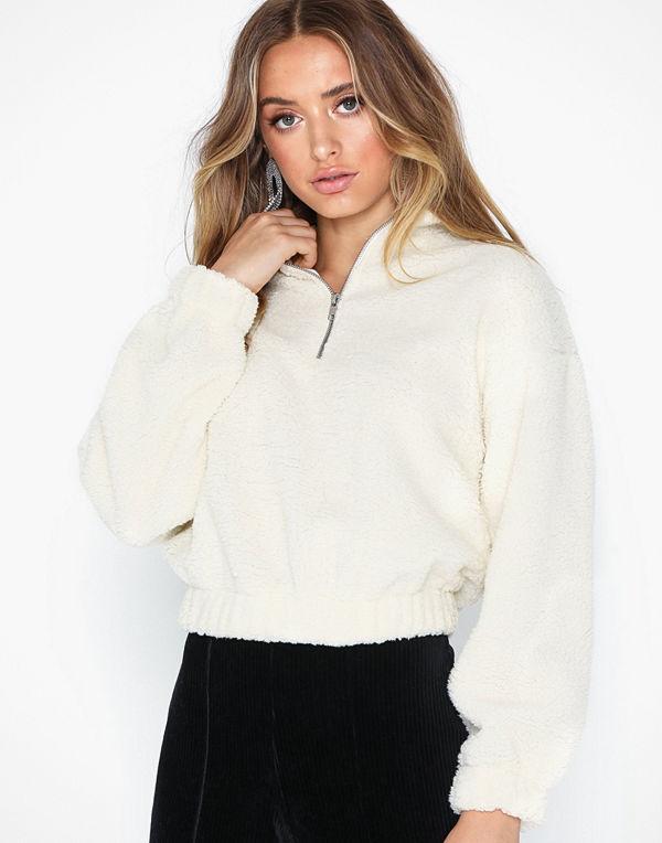 Gina Tricot Bella Teddy Sweater