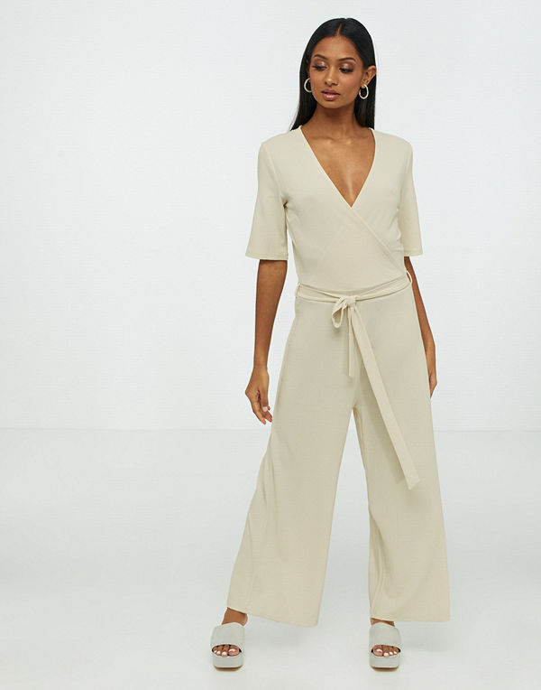 Pieces Pcduna 2/4 Cropped Jumpsuit