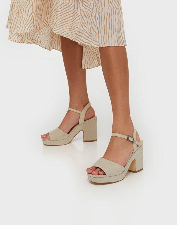 Duffy Chunky Heel Sandal