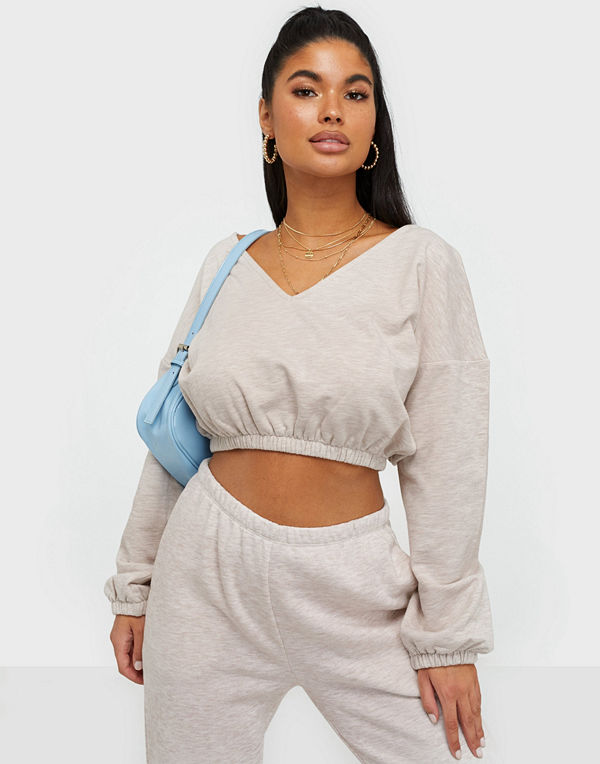 NLY Trend Puffy V Neck Crop Sweat