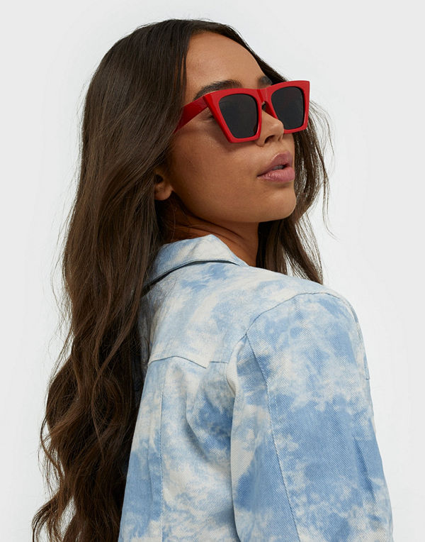 NLY Accessories Looking Sharp Sunglasses