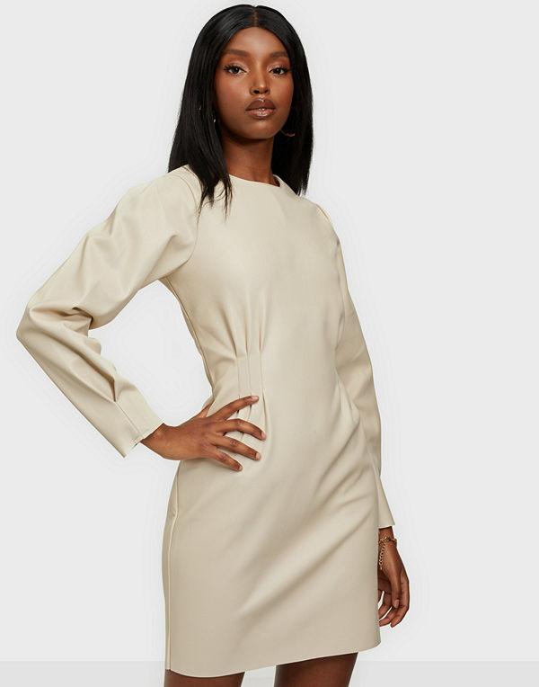 NLY Trend Flirty PU Dress