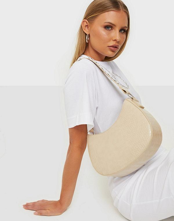 NLY Accessories omönstrad väska All That Studded Bag