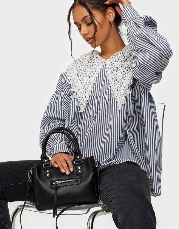 NLY Accessories svart axelväska Perfect Zip Bag