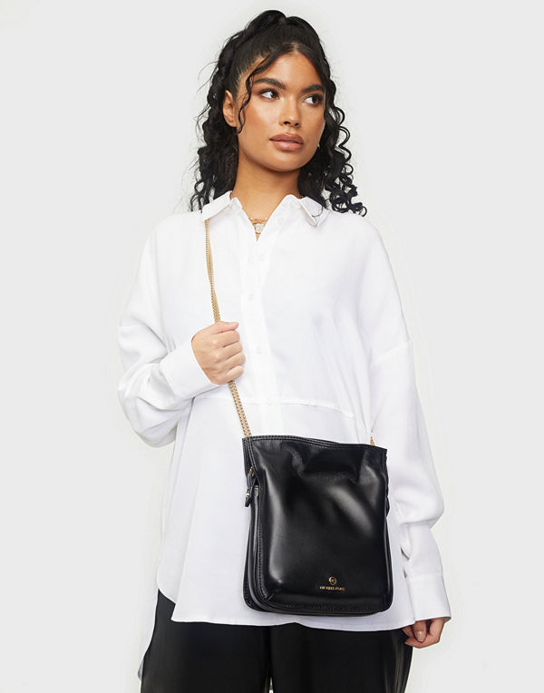 MICHAEL Michael Kors svart väska Tati Shoulder Bag