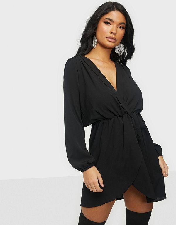 Ax Paris Mini wrap dress