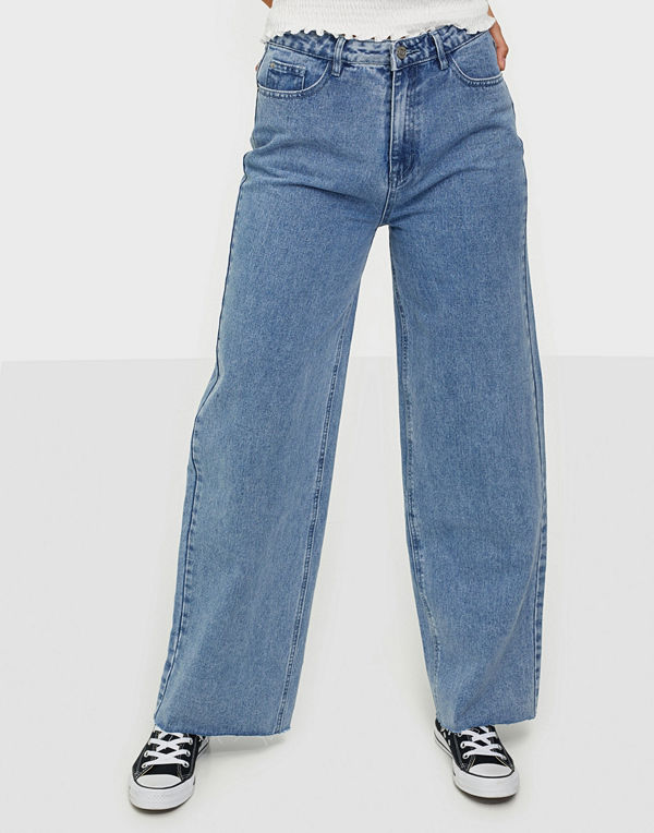 Missguided Raw Hem Wide Straight Jeans