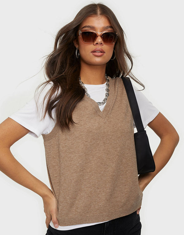 Object Collectors Item OBJTHESS S/L KNIT WAISTCOAT NOOS