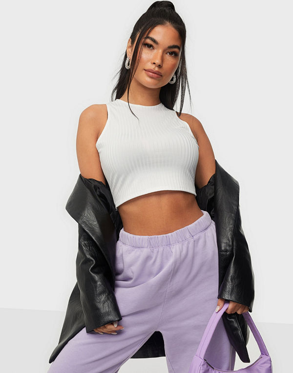 NLY One Neat Rib crop Top