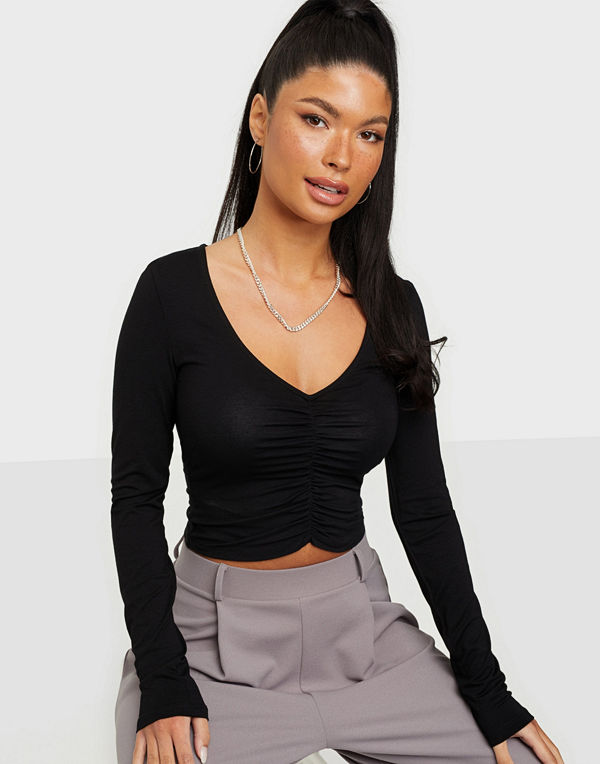 NLY Trend Sweetheart Rouched Top
