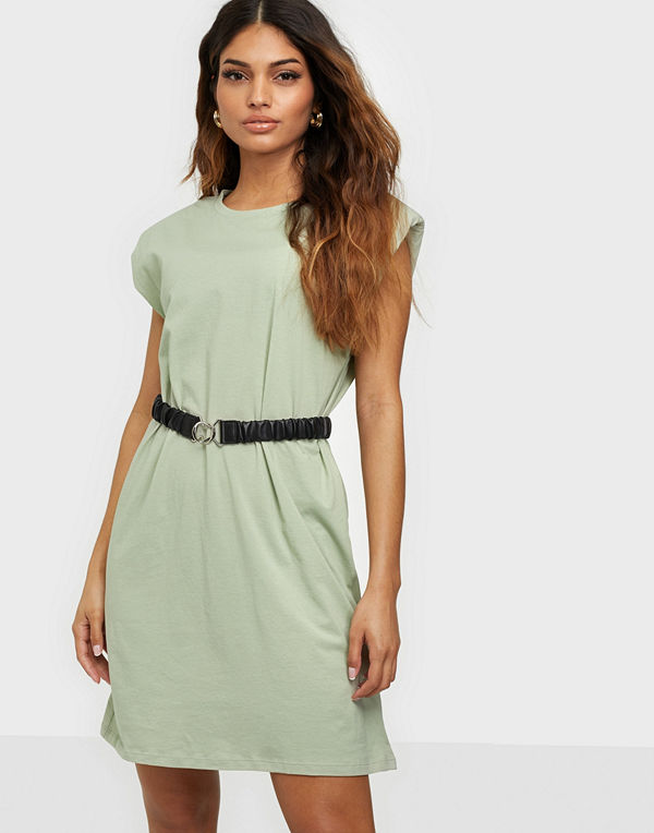 Only ONLPERNILLE SHOULDER DRESS JRS