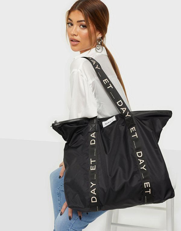 Day Et svart väska Day Gweneth Logo Bag