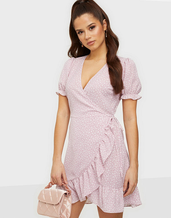NLY Trend Printed Wrap Dress
