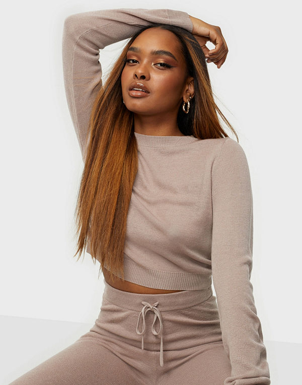 NLY Trend Delight Cropped Knit Sweater