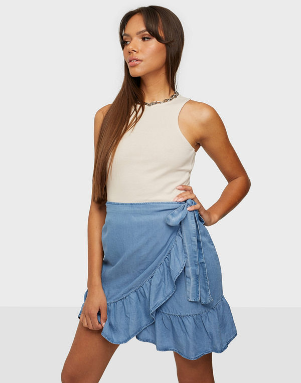 Only ONLSOFIA WRAP KNEE DNM SKIRT