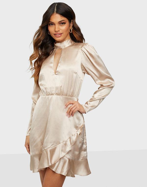 NLY Trend Satin Keyhole Dress