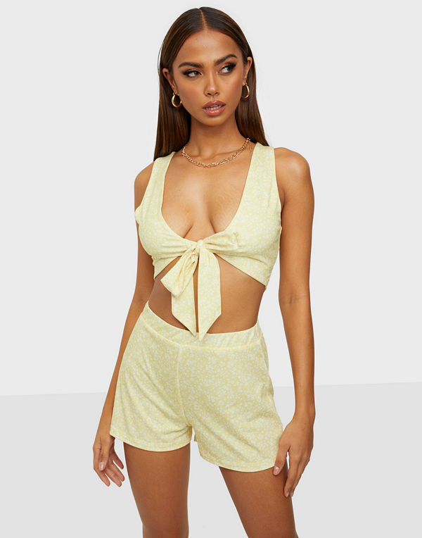 NLY Trend Tie Front Set