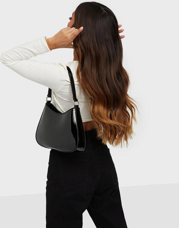 Gina Tricot svart väska Charlie bag