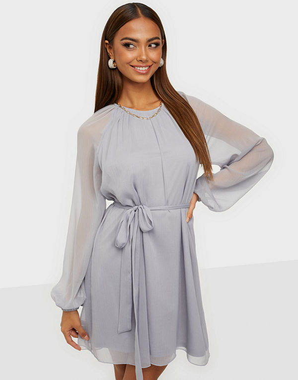 NLY Trend Delicate Balloon Sleeve Dress
